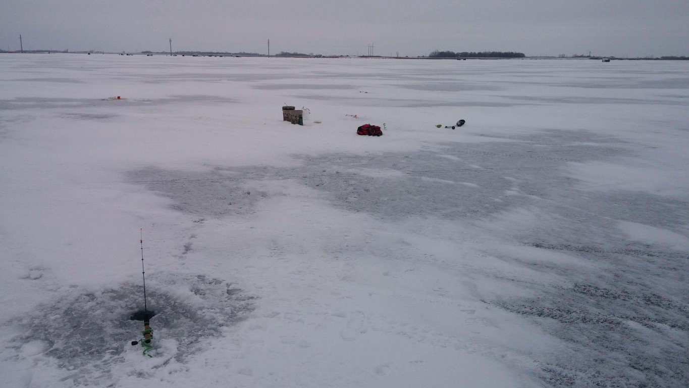 Js outdoors hunting and fishing stories from the midwest for Devils lake nd ice fishing